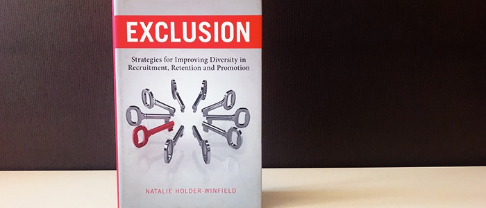 Bokrecension av Exclusion av Natalie Holder-Winfield